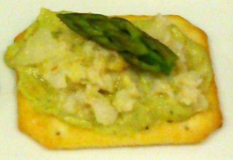 Tosta de pesto de esparragos y pistachos con ceviche de gambas (Thermomix® Tm 5, Tm 31 y Tm 21)