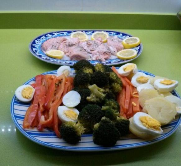 salmon con verduras al vapor